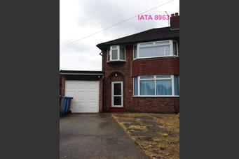 5 bedroom semi detached house for rent